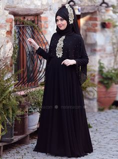 The perfect addition to any Muslimah outfit, shop SomFashion's stylish Muslim fashion Black - Fully Lined - Crew neck - Black - Fully Lined - Crew neck - Muslim Evening Dress. Find more Muslim Evening Dress at Modanisa! Hijab Fashion Summer, Modern Hijab Fashion, Frock Fashion, Abaya Fashion, Muslim Fashion, Modest Fashion, Modest Dresses, Modest Outfits, Modest Clothing