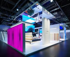 For this project we found inspiration in a painting... the painting also seems to be a spatial adventure – which is what we set out to design. Philips Lighting stand by Totems, Düsseldorf Germany #exhibit #design #tradeshow