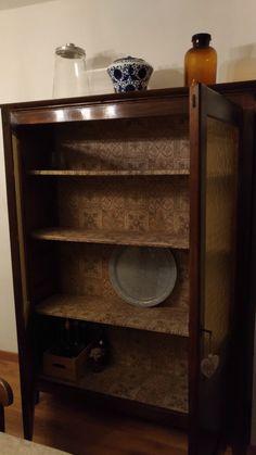 Old China Cabinet restyle. #diy #restyle #restore #fragulina #homedecor