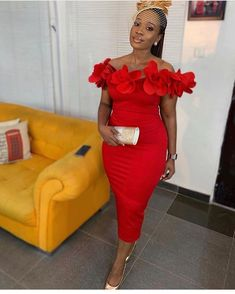 Best Asoebi Styles For Wedding Guest Ankara Short Gown, Short Gowns, African Fashion Dresses, African Dress, Ankara Fashion, Dress Outfits, Dress Up, Fashion Outfits, Dress Clothes