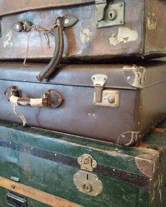 #feelingathome #brocante #vintage #antique #french #suitcases #vintagesuitcase
