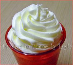 Cupcakes frosting ricetta 32 New Ideas Cupcake Frosting Tips, Frosting Recipes, Buttercream Frosting, Cupcake Cakes, Burritos, Greek Yogurt Cupcakes, Italian Buttercream, Cap Cake, Cake Calories