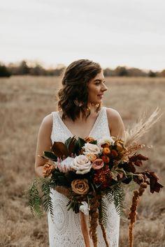 This bohemian outdoor wedding day in Fort Worth, Texas was absolutely STUNNING! Beige Wedding, Orange Wedding, Floral Wedding, Fall Wedding, Wedding Bouquets, Wedding Dress, Bohemian Wedding Decorations, Decor Wedding, Traditional Wedding Decor