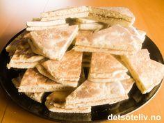Pannelefser   Det søte liv Sweet Recipes, Cake Recipes, Snack Recipes, Cooking Recipes, Norwegian Food, Norwegian Recipes, Sweets Cake, Christmas Baking, Cake Cookies
