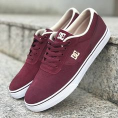 low priced 41fcc 82518 DC SHOES    Triti un paio di scarpe al mese  Il SuperSuede è la