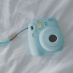 Polaroid camera   ///   elmoose
