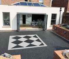 A grey silver colour for resin drives, paths & patios. Contact us today for trade prices on our resin driveway colours & quality materials. Resin Gravel, Resin Bound Gravel, Resin Bound Driveways, Resin Patio, Resin Driveway, Gravel Driveway, Backyard Patio Designs, Surface Area, Colours