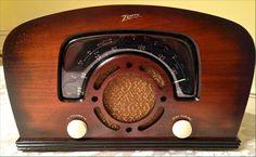 Zenith wood tube radio