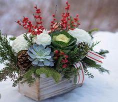 Christmas arrangement Christmas Flower Arrangements, Holiday Centerpieces, Christmas Flowers, Flower Centerpieces, Christmas Themes, Floral Arrangements, Christmas Wreaths, Christmas Decorations, Christmas Floral Designs