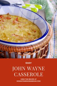 This EASY John Wayne Casserole Recipe is delicious layers of ground beef, cheese, fresh veggies, and jalapeno peppers, all baked on a crust of flaky biscuits. Potluck Dishes, Tasty Dishes, Potato Kugel Recipe, John Wayne Casserole, Slow Cooker Ground Beef, Homemade Taco Seasoning Mix, Beef Casserole Recipes, Flaky Biscuits, Low Fat Cheese
