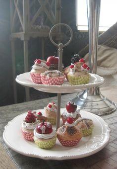 Cupcakes/gebakjes van zoutdeeg.
