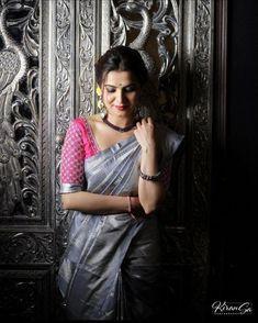 Latest Bridal Saree Designs are Pastel Shades of Kanjeevaram Bridal saree collection. Peach shade sarees, Lilac bridal sarees, Purple kanchipuram sarees, Turquoise Sarees, Mint shade saree designs and many more collection in handloom sarees Blouse Back Neck Designs, Silk Saree Blouse Designs, Blouse Patterns, Kolkata, Saree Color Combinations, Grey Saree, Saree Poses, Fashion Model Poses, Saree Photoshoot