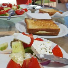 #AurinkoHania #Kreeta #Aurinkomatkat Dairy, Cheese, Drinks, Food, Beverages, Hoods, Meals, Drink, Beverage