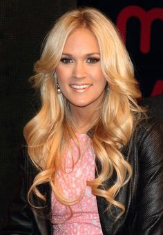 """Carrie Underwood Pictures & Photos - Carrie Underwood """"Blown Away"""" Album Signing at HMV in London on June 20, 2012   #Starpulse"""