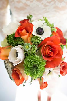 Flowers: Sweet Pea Floral | Photographer: Candace Simpson of Elegant Images