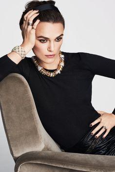 Keira Knightley by Mario Testino for Coco Crush - Chanel Fine Jewelry Mario Testino, Keira Knightley Chanel, Keira Christina Knightley, Chanel Fine Jewelry, Luxury Jewelry, Moda Blog, Modelos Fashion, Jewelry Model, Body Jewelry