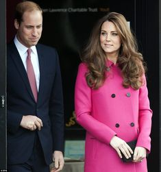 Kate made the most of the warmer springtime weather by shunning tights on her official outing today