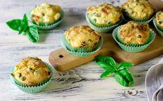 Muffin salati piselli e salsiccia ricetta