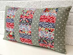 Tutorial from Very Berry: Three panel patchwork cushion