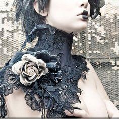 Neck corset