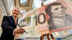 Clydesdale Bank chief signs new polymer note featuring Burns Robert Burns, Notes Design, Clydesdale, Banknote, Commonwealth, Signs, Fictional Characters, News, Shop Signs