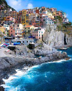 """Bon appétit  #SennaRelax Location: #Manarola, Cinque Terre - #Italy """