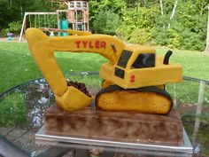 Excavator cake - Excavator cake for 2 year old birthday. Wood vehicle shape covered in rice krispie treats and covered in fondant. Rocks are chocolate covered raisins. Airbrushed cake and excavator accents. Design inspired by CC user Digger Birthday Parties, Birthday Party Drinks, Digger Party, 3 Year Old Birthday Cake, Birthday Ideas, 3rd Birthday, Birthday Cakes, Birthday Invitations, Rice Krispie Treats
