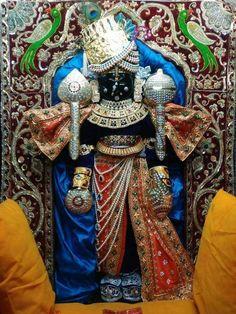શ્રી દ્વારકાધીશ 🙏 જય શ્રી કૃષ્ણ जय हो द्वारकाधीश #Dwarkadhish #श्रीकृष्णा  #Gujarat #HareKrishna  #LordKrishna #Makeuplover #MakeupArtist #India #Beautiful #Beauty #Art #Pics #Diamond #Jewellery #Love #Hindu #Decoration  #Costume #flowers #Artist #Flute #incredible #Picture #Picoftheday #Pic #Lovers #Artwork #Indiapictures #Lovely