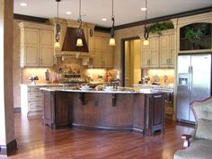 would love to cook at this elegant kitchen