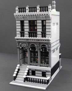 lego - My modular london Townhouse [OC] Lego London, Lego Duplo, Lego Technic, Lego Moc, Lego Modular, Lego Design, Legos, Casa Lego, Modele Lego