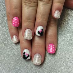 Minnie Mouse Nail Art by Valleybabe from Nail Art Gallery - Disney Minnie nails. Are you looking for easy Halloween nail art designs for October for Halloween - Minnie Mouse Nail Art, Minnie Mouse Nails, Mickey Mouse Lamp, Nails For Kids, Girls Nails, Little Girl Nails, Disney Nail Designs, Nail Art Designs, Nails Design