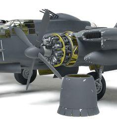 Plane Engine, Bay Door, Plastic Injection Molding, Landing Gear, Model Building, Tricycle, Black Widow, Plastic Models, Scale Models