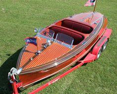 Antique Boats - Chris Craft 19' Barrel Back Custom Runabout 1940
