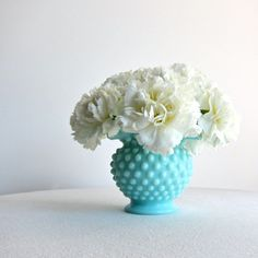 Love this look-Tiffany blue. This would make a beautiful theme for a wedding!