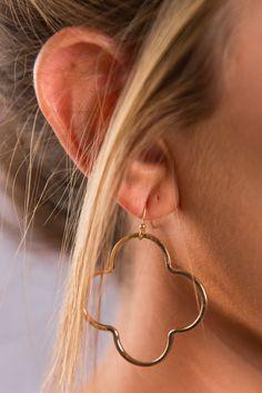 Quatrefoil Cut Out Earrings - Gold - The Mint Julep Boutique