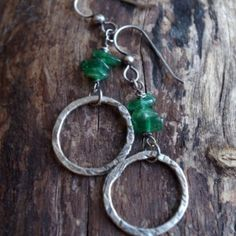 Fine silver and green Aventurine earrings - Hand crafted metalwork dangles - Organic circles, semi precious stones - Forest earrings