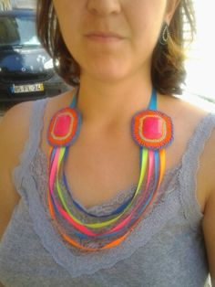That's a statement necklace! for sale at LLiLLiRuas bijux on etsy and facebook!