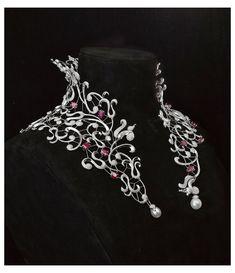Ruby Necklace, Ruby Jewelry, High Jewelry, Collar Necklace, Jewelry Art, Jewelry Necklaces, Fashion Jewelry, Jewelry Design, Jewelry Accessories