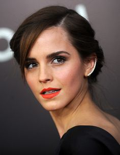 Bronzed Skin: Bright oranges and bronzer were meant to be. They play on each other's warmth in ways that even work for cooler skin tones. Emma Watson's orange lip brings out the warmth in her cheeks and otherwise cool complexion.