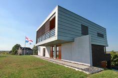 "Moderne Villa ""Box on the Wa(a)ll"" I Dijkwoning"
