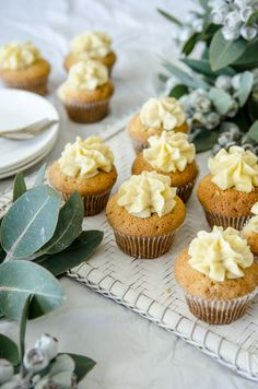 Ganache Filled Vanilla Bean Cupcakes