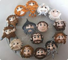 Hobitt cup cakes!