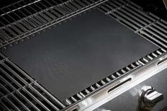 PTFE Non-stick BBQ Grill Mat Barbecue Baking Liners Reusable Teflon Cooking Sheets 40 * Cooking Too Chicken/Eggs/Ribs/Fish/Vegetables/Steaks/Burgers/Kabobs/Shrimp/Bacon/Grilled Cheese Sandwich and more! Hand washable and dishwasher safe. Mats can be Plastic Wrap Dispenser, Grill Plate, Plate Racks, Bbq Grill, Healthy Cooking, At Least, Parks, Picnic, Core