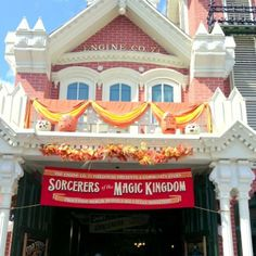 Sorcerers of the Magic Kingdom - free trading card game for all ages at Walt Disney World