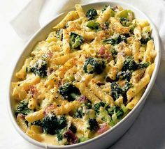 "Crusty pasta & broccoli bake ""uses red onion, brocolli, gruyere, mustard, creme fraiche, cheesey breadcrumbs"""