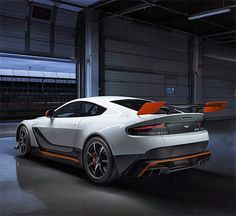 rogeriodemetrio.com: 2015 Aston Martin Vantage GT3