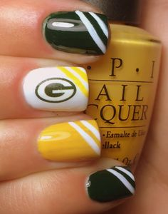 Nails by an OPI Addict: Green Bay Packers Part 2