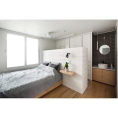 아파트·주택 인테리어 디자인, 카민디자인 정보 포트폴리오 제공 Coral Bedroom, Dream Bedroom, Room Decor Bedroom, Small Space Design, Small Spaces, Apartment Interior, Room Interior, Fake Walls, Bedroom Divider