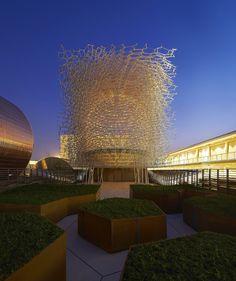 "Expo Milán 2015: Wolfgang Buttress finaliza el pabellón británico ""Virtual Beehive"""
