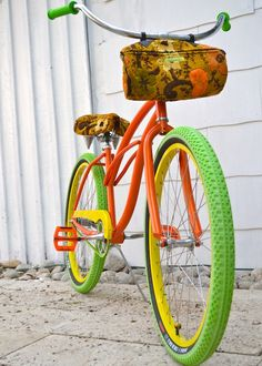 Villy custom bike~want! Tricycle, Old Bikes, Bike Art, Vintage Bikes, Retro Bikes, Shortbread Cookies, My Ride, Custom Bikes, Colours